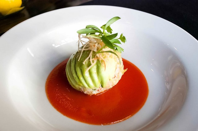 avocado-relleno-with-shrimp-and-red-pepper-coulis